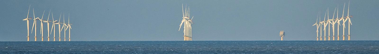 wind-turbines-1117824_1600