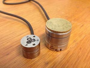 ATI sensors : Nano 17 (left) and Nano 25 (right)